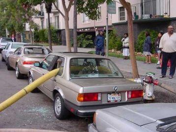 Això es als Estats Units però compte al aparcar al costat d'un hidrant!