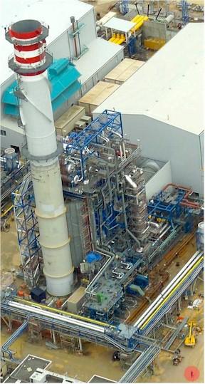 part d'un dels dos mòduls de 400MW que tindrà la Central tèrmica del port. La imatge és d'una central similar situada a Càdiz